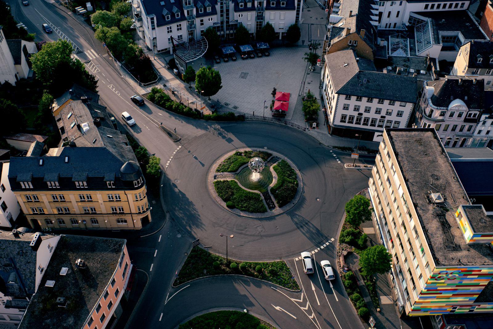 Kreisverkehr Idar - Foto © Udo Weyrauch